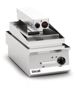 Lincat Opus 800 Clam Griddle 400mm (Ribbed Upper Plate)